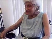 100歳のおばあちゃんとセックス ※老齢注意!
