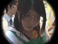 古本屋でオタクっぽい眼鏡っ娘店員にイタズラ!
