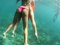 魚目線でビキニ娘のお尻を観察してみよう