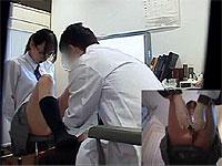 エッチな診察をうけるメガネ女子校生たち