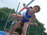 高跳び中の女子陸上選手を時間を止めて犯す