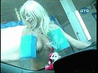 洗車を頼んだらおっぱいにスポンジをつけた巨乳娘たちがきた