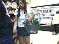 スーパーでお買い物中にシコってもらいました