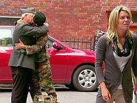 夫婦の再会を撮影してたら夫がゲイになってたドッキリ