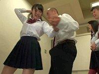フォークダンス中に勃起したので同級生の女子に擦りつけた