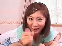 チンチン大好きなママ(麻美ゆま)が寝起きフェラ&パイズリ