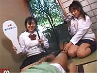 女子校生コンビが包茎君の家に突撃して包茎チ○ポを弄りまくり!