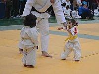 幼女たちによる初めての柔道の試合が可愛すぎる