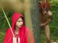 森のなかでオオカミ男に性的に食べられるブロンド赤ずきんちゃん