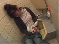 居酒屋のトイレに泥酔した女が落ちてたから犯したった