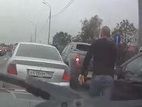 【おそロシア】 前方の車に文句言いに行ったらすごいのが出てきた・・