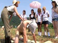 ザーメン牧場で新鮮なM男の精子絞りを体験してみませんか?