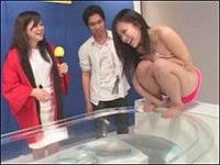 タオル一枚で透け透け熱湯風呂にチャレンジ!失敗したら彼氏の前でエロ罰ゲーム