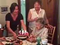 おばあちゃんの誕生日パーティで起きたハプニング