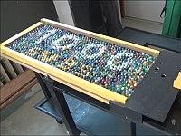 1000個のビー玉が流れてループする装置が面白い