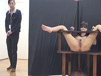 童貞と全裸拘束されたAV女優を同じ部屋に閉じこめたらどうなるか・・?