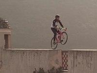 【自転車】ロードバイクでフリースタイルに挑戦してみた!