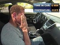 アメフトのプロ選手は真夏の車の中で何分耐えられるのか?