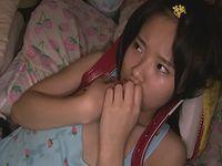 小○生の娘を近親相姦中出しレイプする鬼畜ロリコンパパ