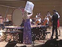 交響楽団と卓球選手がコラボしたド迫力の珍曲 『ピンポン協奏曲』