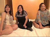 夢の共演!仲良し姉妹と母親による親子丼4Pファック!※ただし38歳42歳62歳
