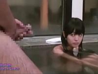 娘に彼氏が出来て悔しかったから家族風呂で勃起チ○ポを見せつけて娘とハメたった