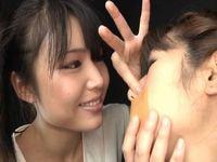 鼻を舐めたいオンナと舐められたいオンナによる鼻舐めレズプレイ
