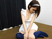 美少女メイドがご主人様のチ●ポの世話までしちゃいます