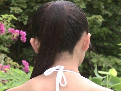 女子中学生12歳の香月杏珠ちゃんのカラダをドアップ接写アングルで観察