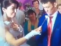 結婚式で新婦にキレる新郎