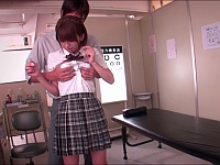 「それは本当に痴漢だったのか?」痴漢された女子校生に痴漢の再現をする男教師