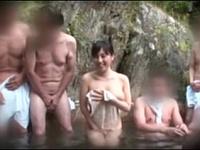 【長澤あずさ】タオル一枚で男湯に入ってIカップのドスケベボディで客の身体を洗おう!