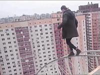【閲覧注意】屋上からの落下あり!?2016年パルクール失敗集!