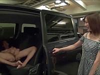 撮影終了!と油断している鈴村あいりにドッキリ!全裸の男優をフェラでイカせるまで帰れません!