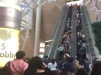 香港のショッピングモールで起こったエスカレーター逆流事故が恐ろしい!
