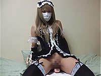 スタイル抜群のメイド女装子がディルドアナニーで連続射精