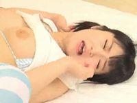 元メイドの美少女系AV女優 浅田結梨が子宮で感じるポルチオ責めで大量失禁ガチアクメ!