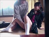 空き家を使ってロリ女子校生の処女まんを好き放題犯す男の手口