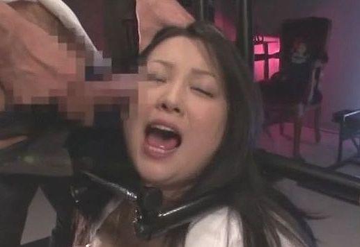 緊縛奴隷孕ませオークション~爆乳芸能人の肉体に喰い込む麻縄~ 小向美奈子