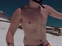 乳首の安定感が凄すぎる!乳首にしか目がいかないスキー動画!