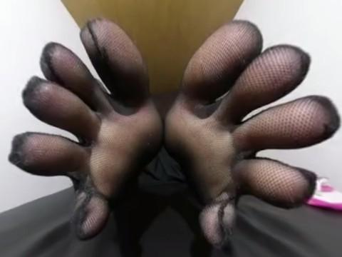 【フェチVR】足裏が迫ってくる!「足の裏」だけを眺める足裏マニア向けVR