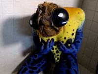 女人化した毒カエルのオナニーがコチラ