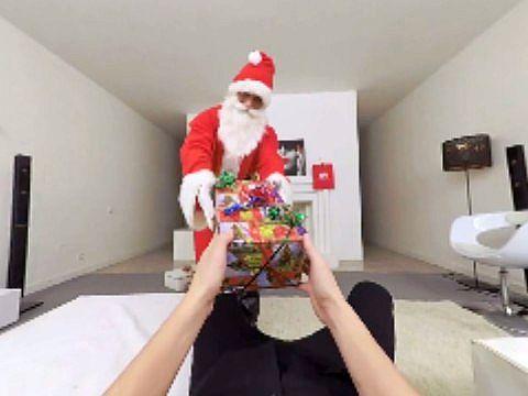 サンタとサンタガールの乱交パーティ