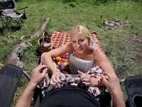 【エロVR】キャンプのついでにブロンド美女と野外SEX!