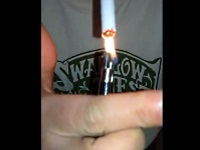【閲覧注意】ライターをチ●コから取り出して一服する愛煙家