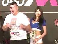 総合格闘技の記者会見でラウンドガールに愛の告白をした韓国人選手が可愛すぎるwww