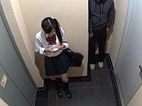 エレベーターに乗ってきた激カワ女子校生を腹パンして拉致監禁レイプ!