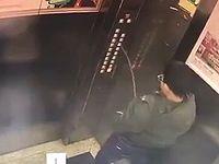 エレベーターにおしっこ攻撃でイタズラをした中国人の悪ガキに天罰が下った瞬間