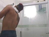トイレットペーパーで首吊り自殺しようとした男性に衝撃の結末がwww