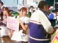 【痴漢】名古屋で女性の尻を触りまくって徘徊する変態親父が目撃される!